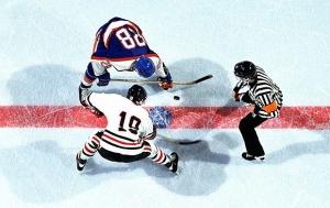 1369408029_ice-hockey-01