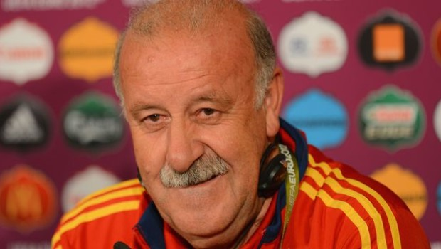 GDANSK, POLAND - JUNE 13:  In this handout image provided by UEFA, Spain coach Vicente del Bosque talks to the media during a UEFA EURO 2012 press conference at the Municipal Stadium on June 13, 2012 in Gdansk, Poland.  (Photo by Handout/UEFA via Getty Images)